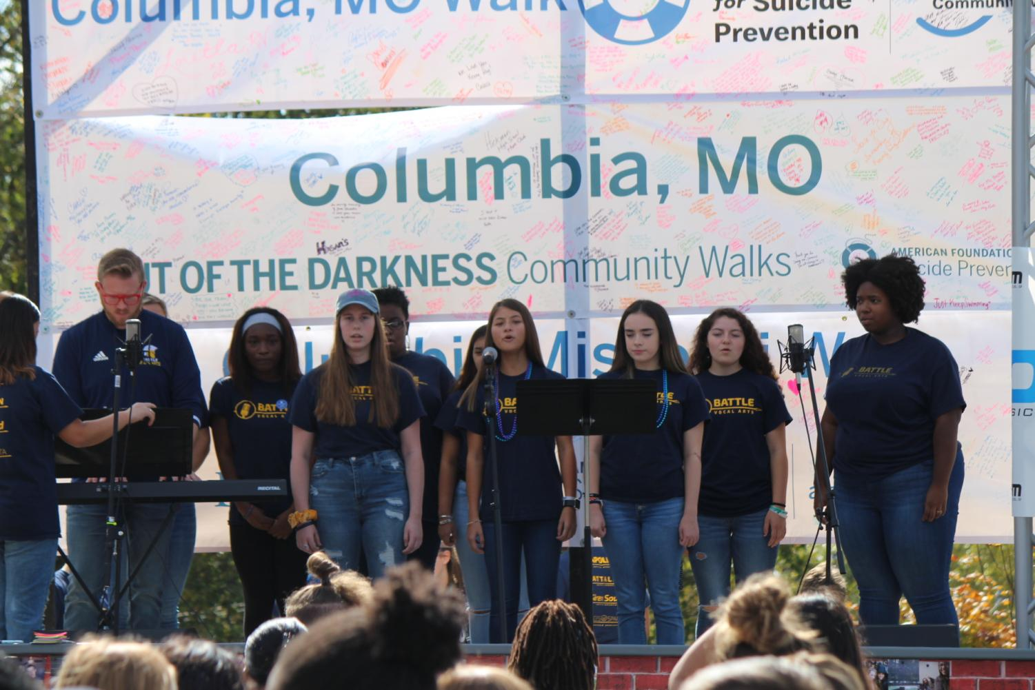Battle's vocal arts performed at the walk
